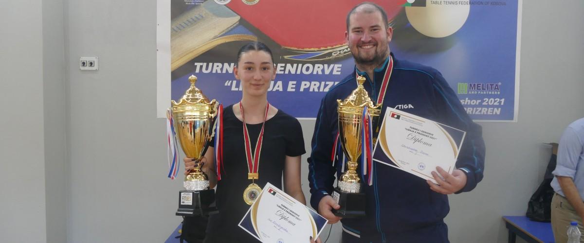 """Christopher Doran dhe Iva Dimitrievska fitues të turneut për senior """"Lidhja e Prizrenit 2021"""""""