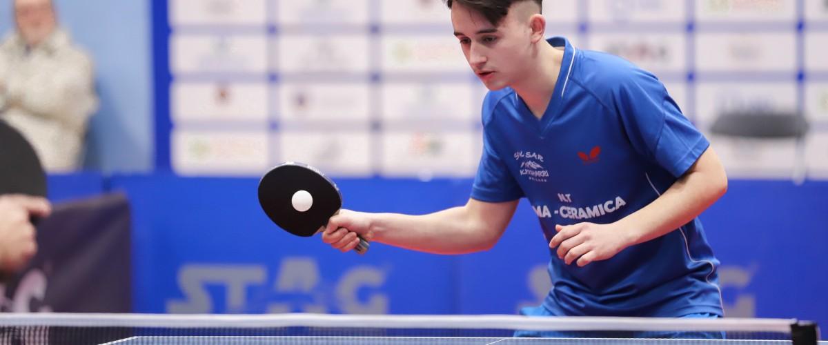 Organizohet turneu i parë i seniorëve në pingpong për ditën e boshnjakëve